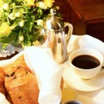 Lilys-room-breakfast